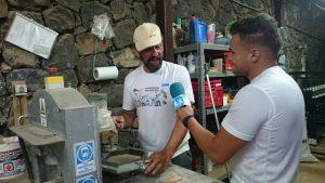 Aythami entrevistando a Ricardo de Arce